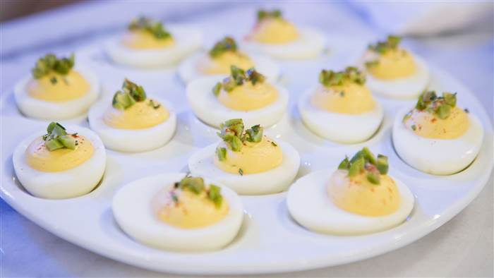 seamus-muller-deviled-eggs-today-180301-tease-01_62314cc7ee29ddcc5391f52726f57e6d.today-inline-large